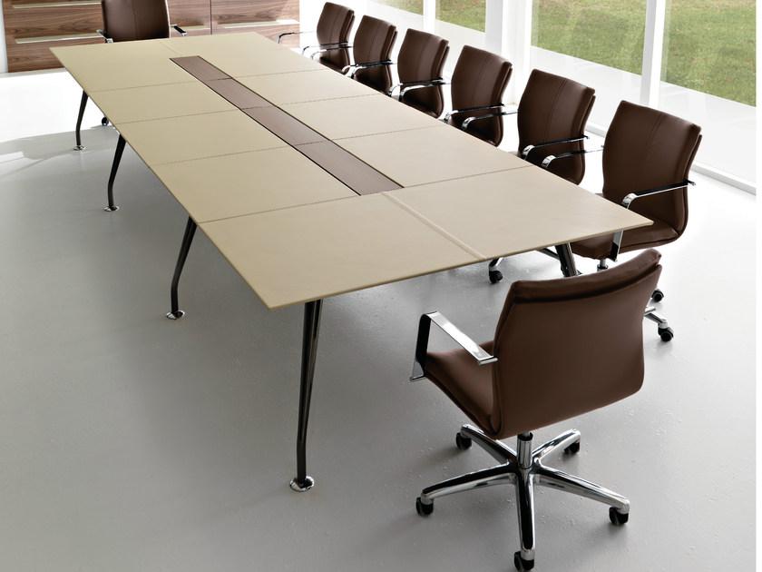 Come scegliere i tavoli per i propri uffici aziendali - MirowebDesign