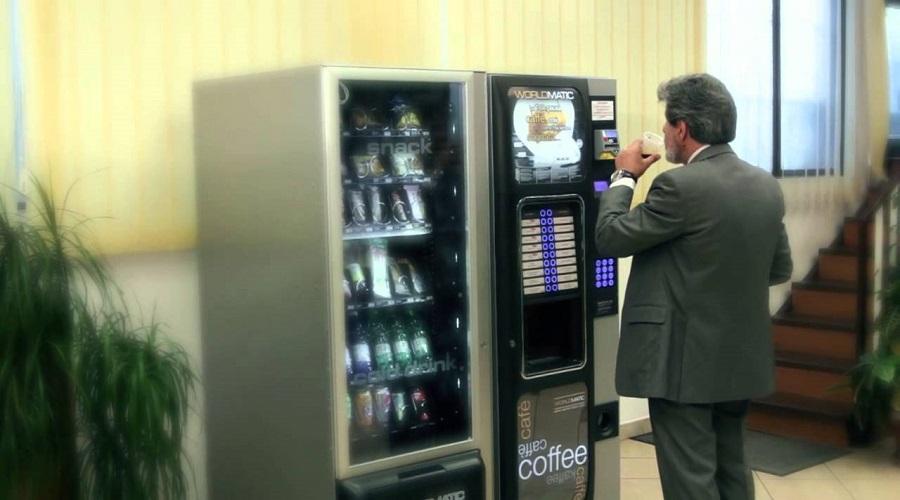 La normativa completa per chi possiede un distributore automatico